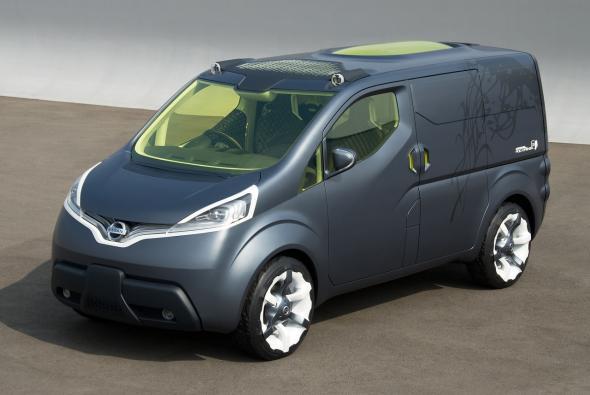 Электромобиль Nissan NV200