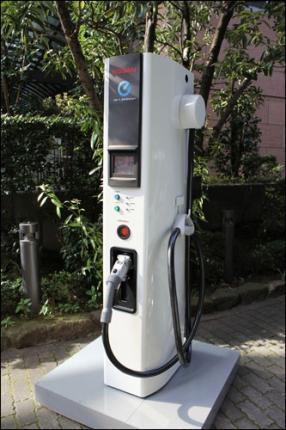 Nissan создаст в Европе сеть зарядных станций