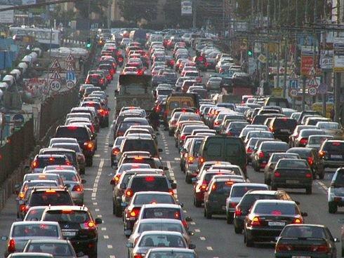 День без автомобиля Москва встретила многочасовыми пробками