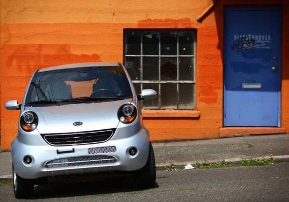 Глазастый электромобиль не такой маленький как кажется на первый взгляд