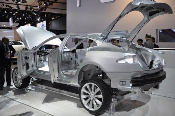 Так выглядит скелет Tesla Model S