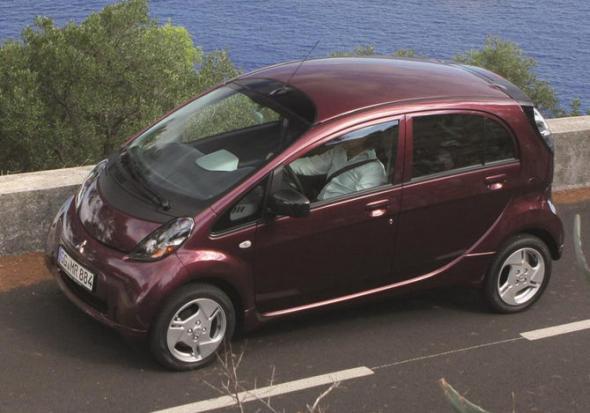 Электромобиль Mitsubishi iMiEV 2012
