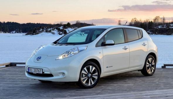 Nissan Leaf - популярный электромобиль в России