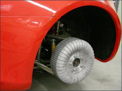 Двигатели идеального электромобиля располагаются в колесных дисках