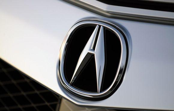 Этот значек Acura знают все