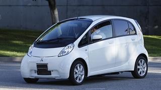 Жителям Таллинна дали покататься на электромобилях