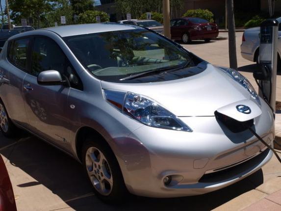 развитие индустрии электромобилей