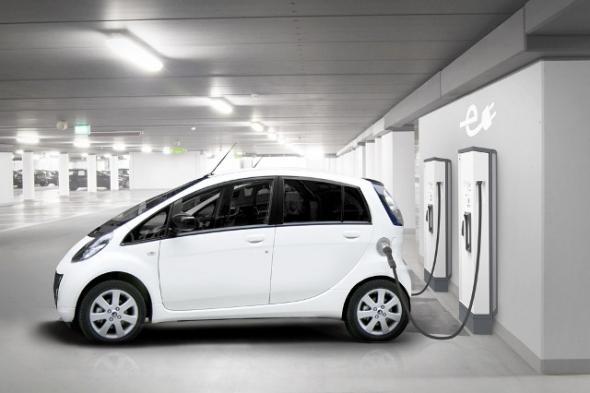 установка для быстрой зарядки электромобилей
