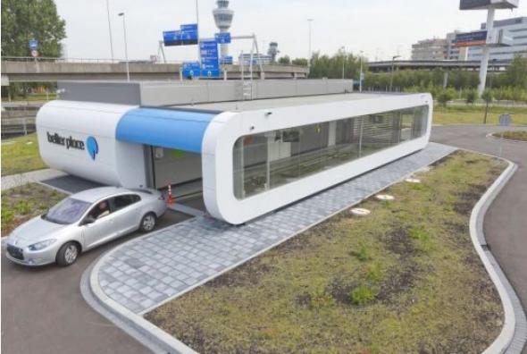 Renault заряжает электромобили во Франции