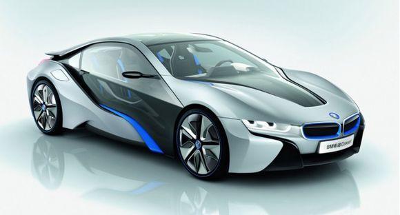 Гибрид BMW i8 выглядит потрясающе! Не так ли?