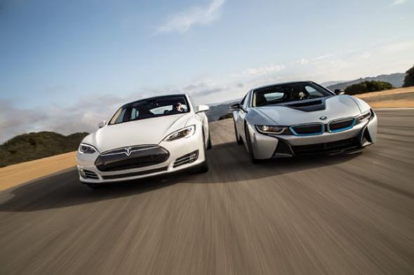 Электромобиль Bmw и Tesla