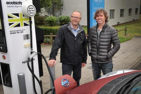 Ecotricity и Nissan открывают 1000 электрозаправку