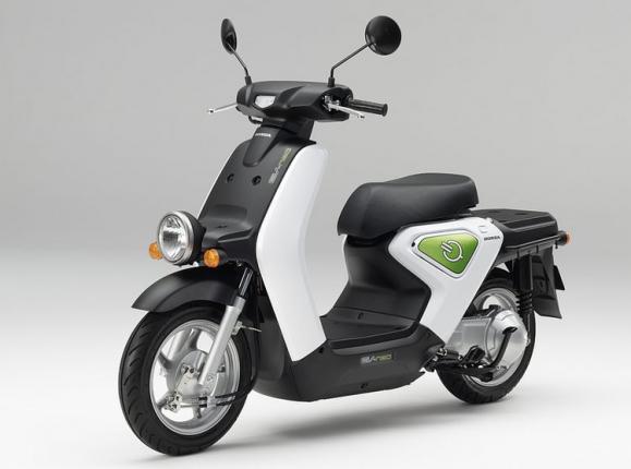 электроскутер Honda EV-Neo