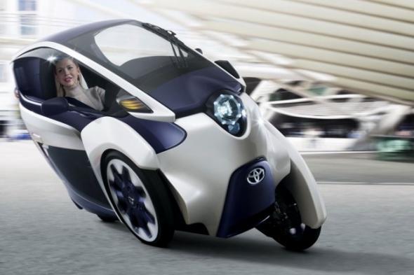 Трехколесный электромобиль Toyota i-Road