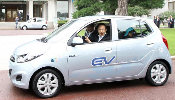 Электромобиль FSEV BlueOn