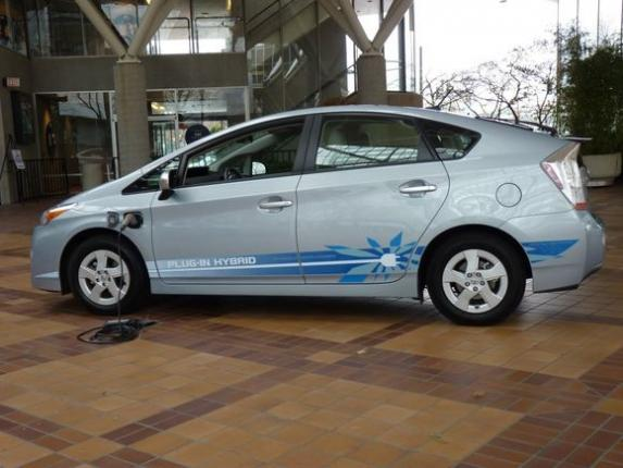 Toyota Prius 2012 во всем великолепии