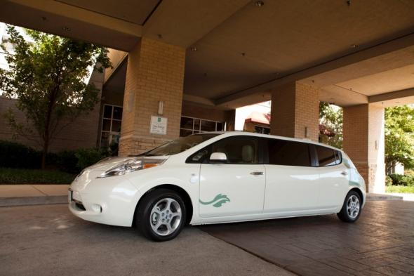Nissan LEAF лимузин