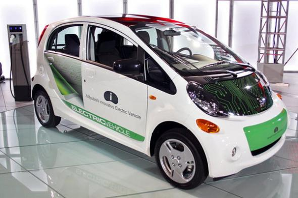 Электромобиль зарядить дешевле, чем обычный автомобиль бензином