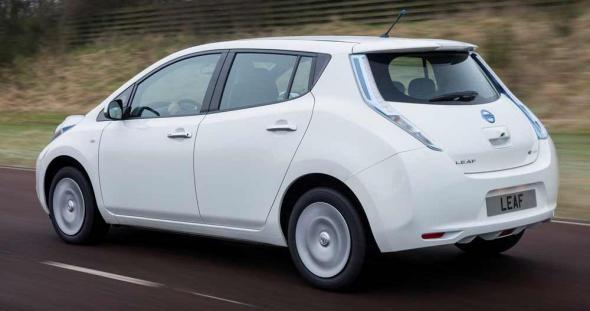 Обновленный электромобиль Nissan Leaf