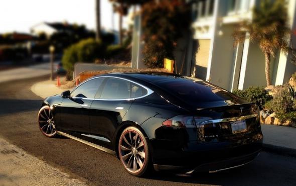 "Электромобиль Tesla ""Model S"""