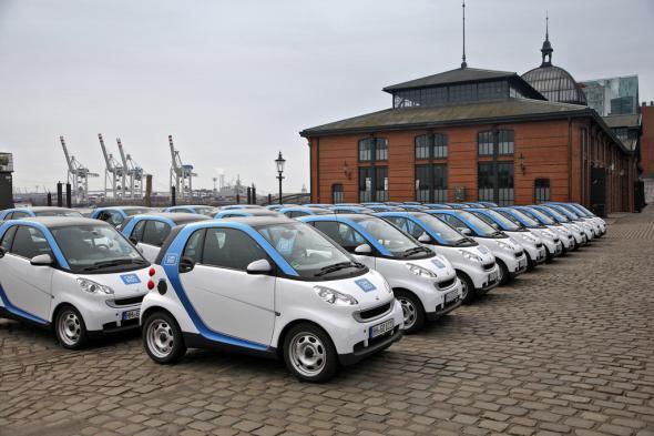 Таксопарки Европы переходят на электромобили