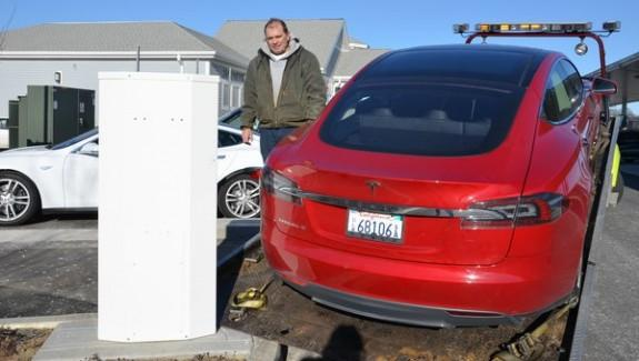 тест-драйв Tesla Model S - закончился аккумулятор