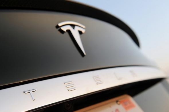Электромобиль Tesla Motors Model E