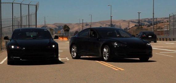 Трио электромобилей во всей красе