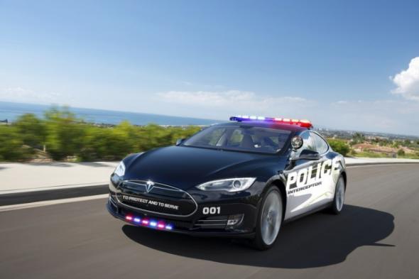 Электромобиль Tesla Model S для полиции