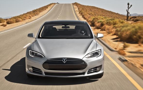 Tesla Model S - электромобиль