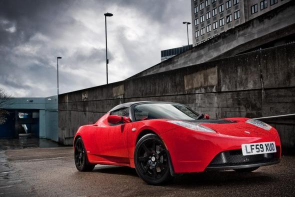 Электромобиль Tesla Roadster тест-драйв
