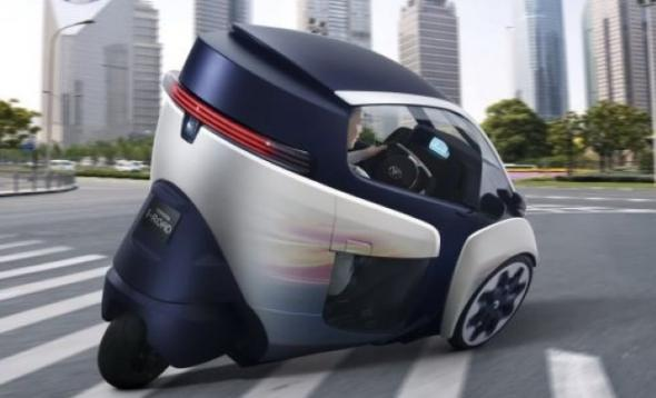 трехколесный электрокар Toyota i-Road