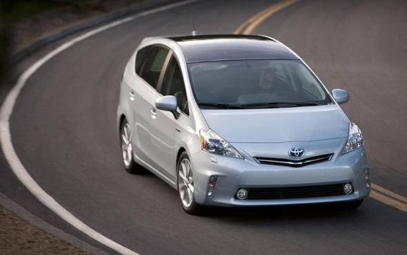 Гибрид Toyota Prius V