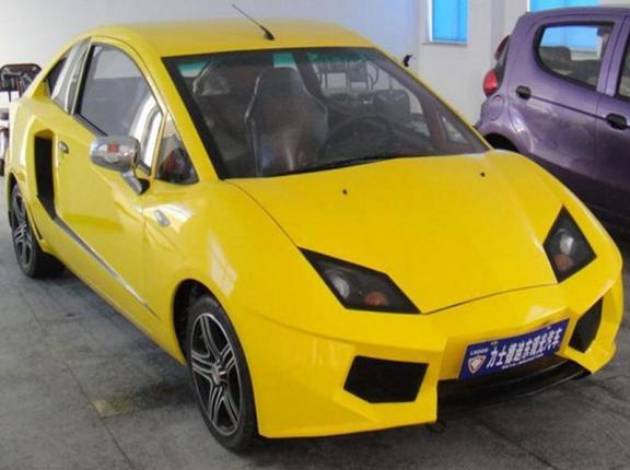 уродливый электрокар из Lamborghini Aventador