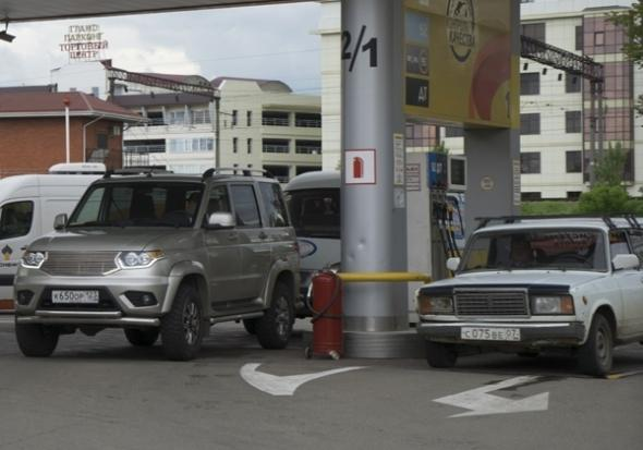 Зарядные устройства на российских автозаправках