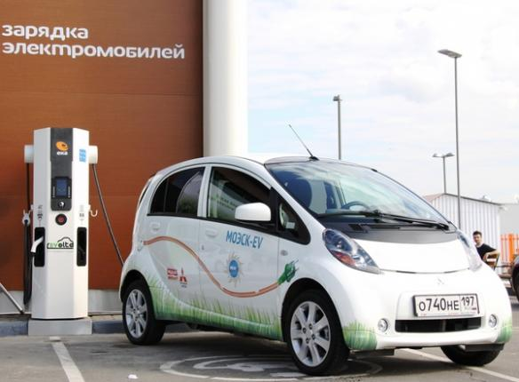 Более 200 заправок для электромобилей в Москве!