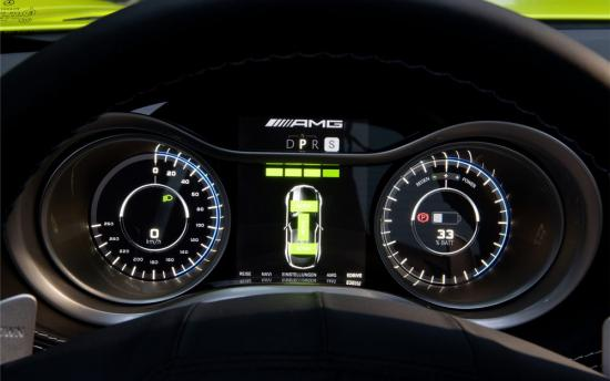 Mercedes-SLS-AMG-E-Cell -02