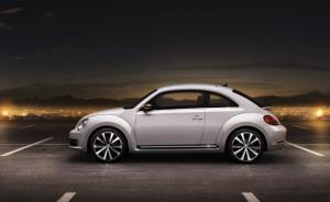 Volkswagen-Beetle-2012--300x184