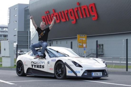 electric-raceabout-at-the-nurburgring--7198-16g
