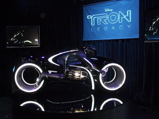 800px-tron legacy light cycle1