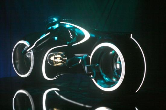 ebay-tron-lightcycle-3
