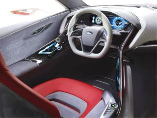 Ford-EVOS-Concept-dash-and-wheel