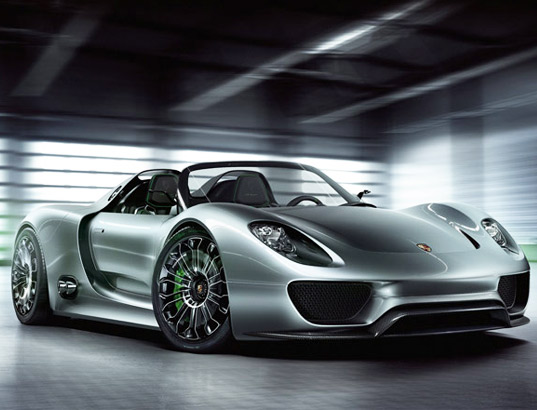 918 Spyder is Porsche's First Ever Plug In Hybrid Electric Car